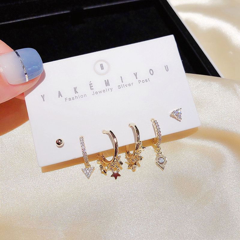 High-end sense street shooting fashion earrings combination design star tassel ear buckle earrings wholesale nihaojewelry NHCG235385