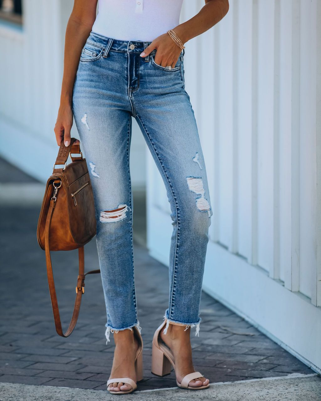ripped personality raw edge straight jeans NSYD3814