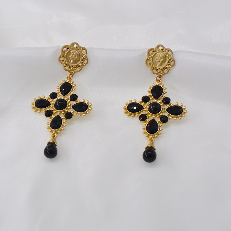 new fashion pearl full diamond baroque cross palace exaggerated earrings NHNT270709