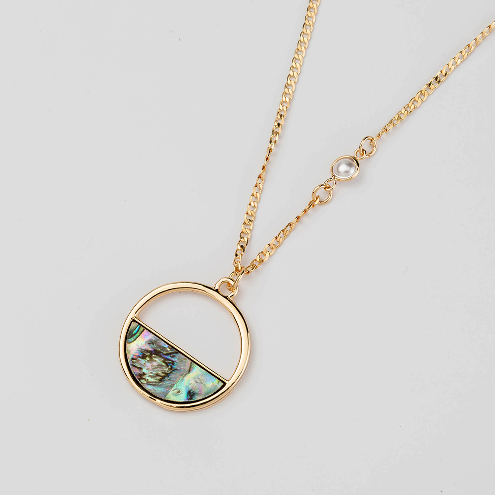 hot-selling natural color abalone shell pendant clavicle chain necklace wholesale NHAN251929