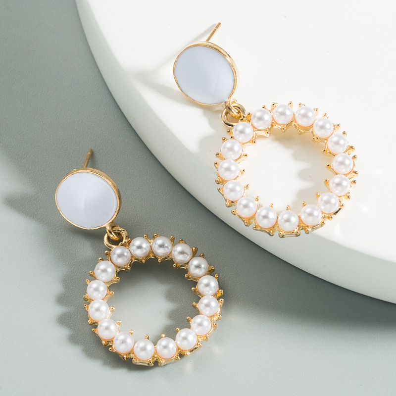 Korean fashion cute round earrings alloy inlaid pearl drop earrings for women nihaojewelry wholesale NHLN214429