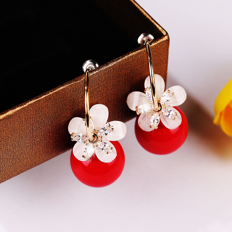 Fashion White Alloy Earrings With Pearl Petals And Diamonds