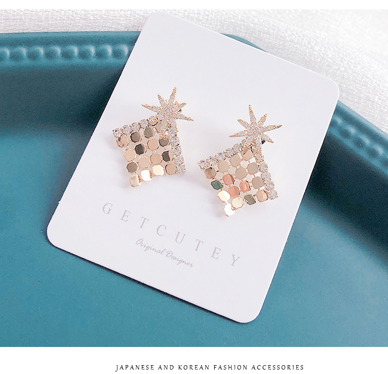 Stylish M-shaped star removable two-piece personalized fan-shaped earrings NHDO202913