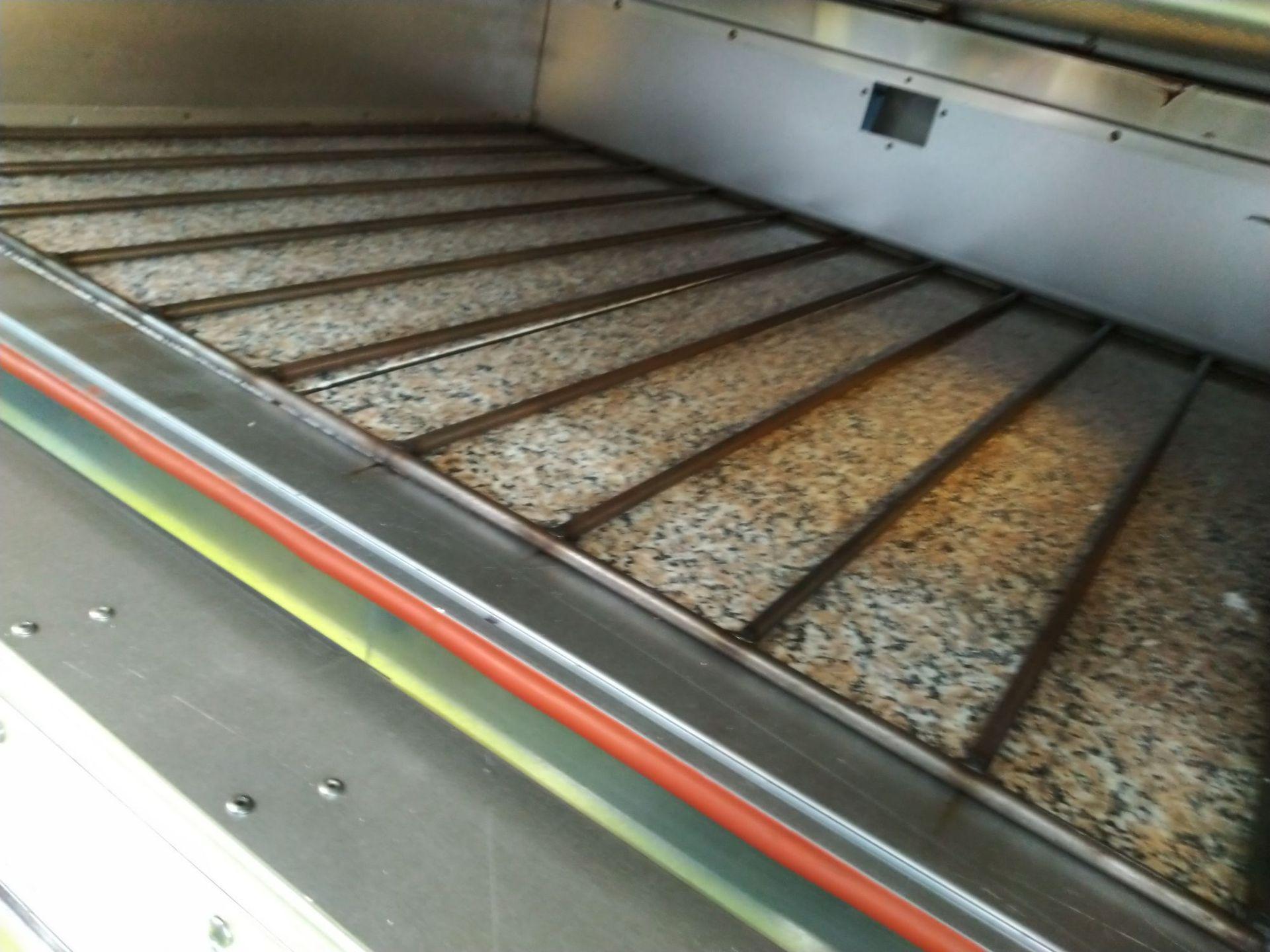 三麦机械有限公司烤箱出厂前一层铁板换石板