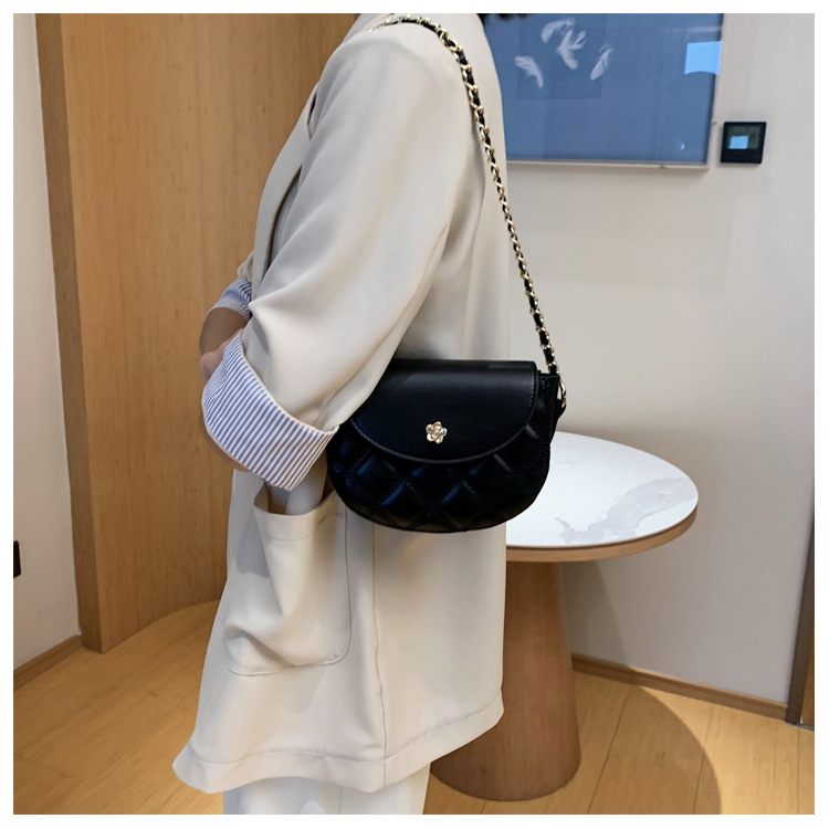 new chain one shoulder messenger fashion small square bag wholesale NHLH257260