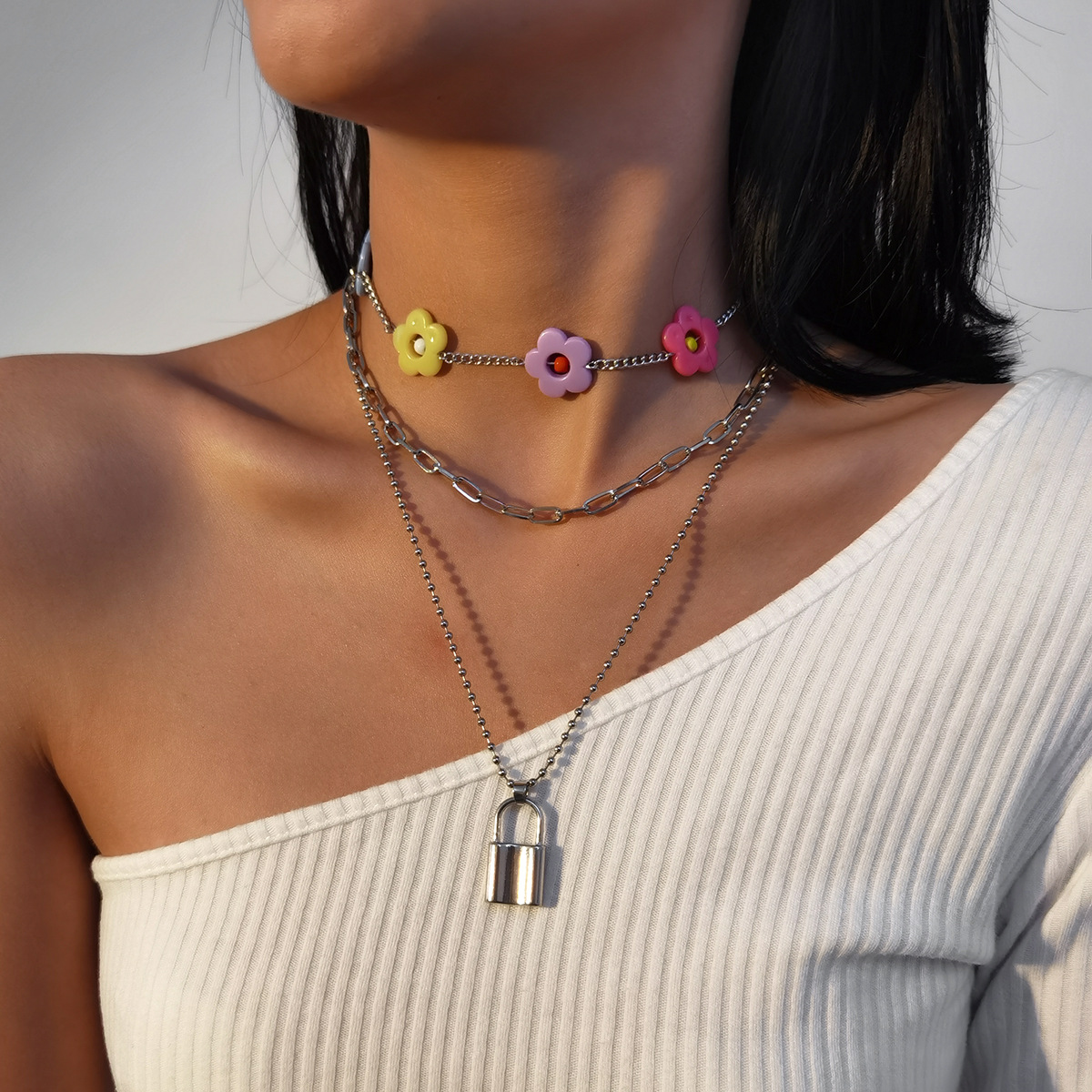Fashion   creative flower clavicle suit necklace personality simple lock necklace   NHXR254546