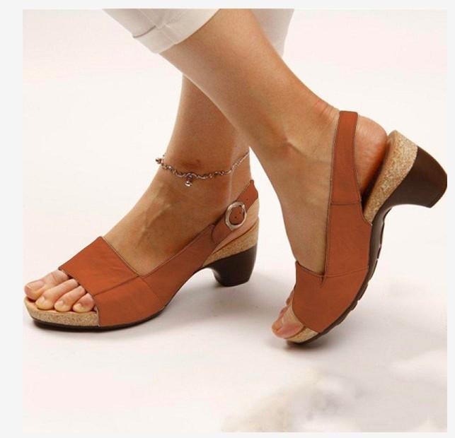 19外贸工厂新款女鞋大码中粗跟凉鞋厂家直销wish 一年四季可以做