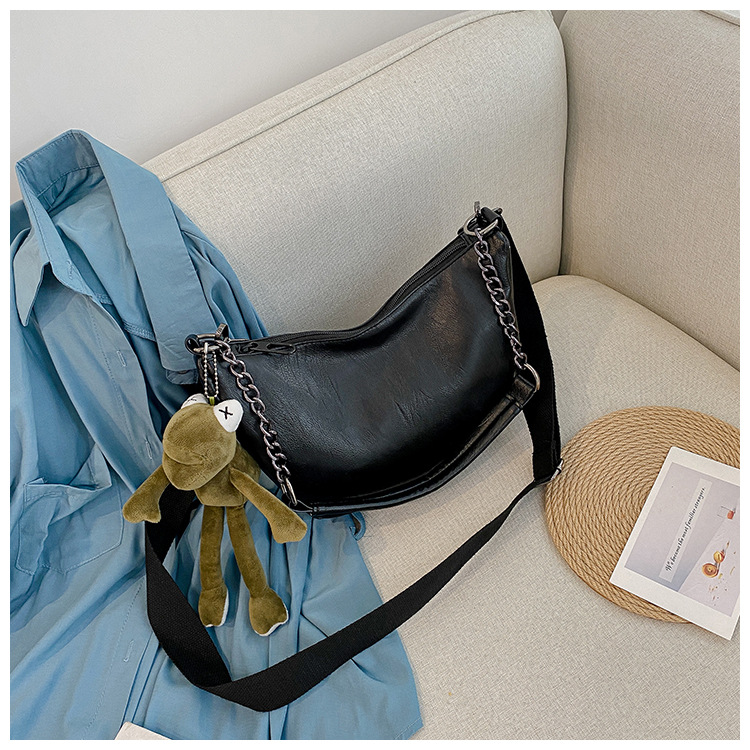 fashion new simple chain semicircle saddle bag  NHJZ257111