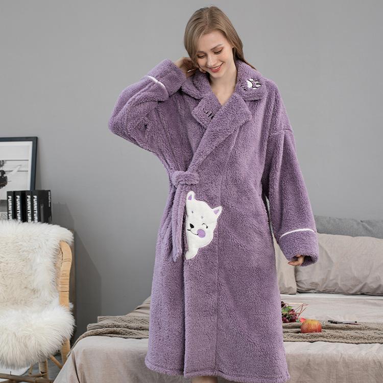 法兰绒浴袍中长款睡袍女秋冬女士家居服卡通保暖生日礼物加厚浴衣