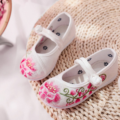 Children Chinese folk dance hanfu embroidered shoes special ethnic soft soled breathable girl shoes craft shoes Hanfu shoes