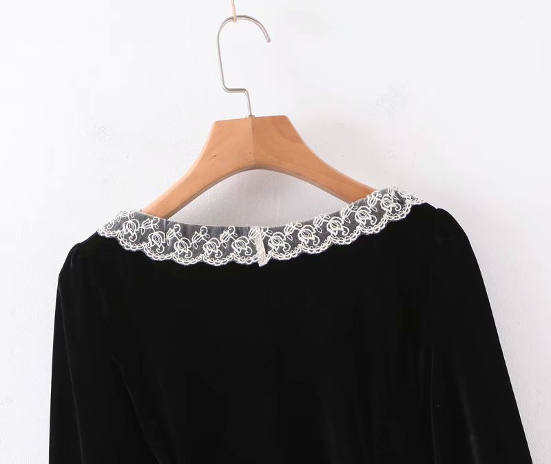 Wholesale Spring Vintage Court Style Lace Collar Breasted Velvet Long Sleeve Shirt Top NHAM196297