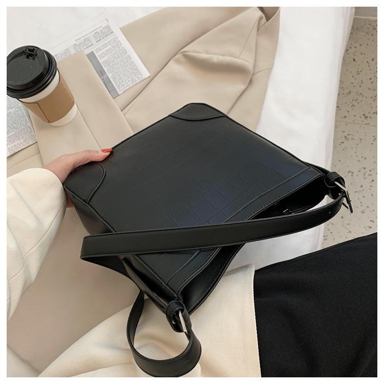 new  fashion  large capacity tote bag  NHLH282959