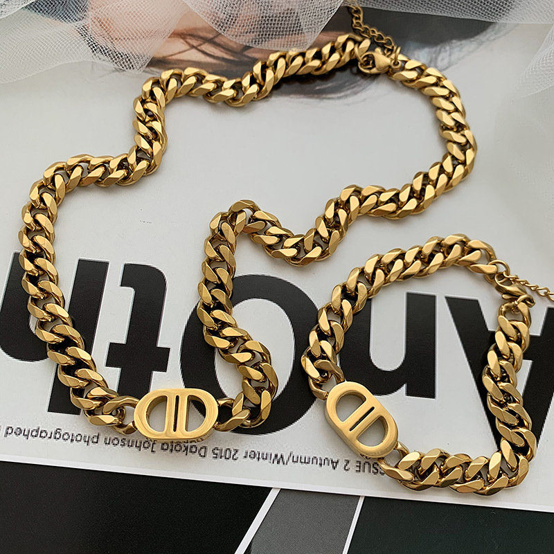 Instagram Gold Thick Chain Letter Double D Titanium Steel Necklace Female Clavicle Chain
