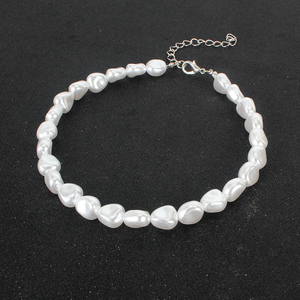 Fashion irregular shaped pearl simple fashion necklace for women wholesale NHCT245667