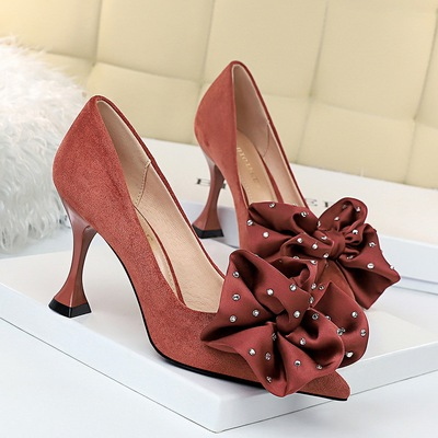262-2 han edition elegant banquet suede high heels with shallow mouth cat tines women's shoes with diamond larger flower