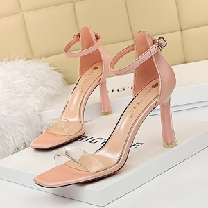 1689-31 European and American wind sexy high-heeled shoes summer party with peep-toe shoes crystal transparent one word