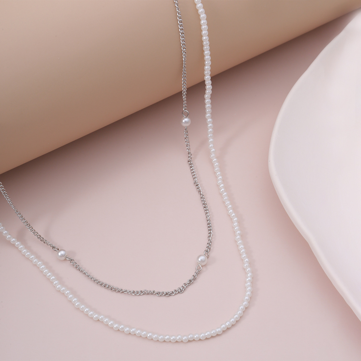fashion jewelry wild street shot double-layer beaded jewelry fashion handmade imitation pearl chain glasses chain wholesale nihaojewelry NHXR228286