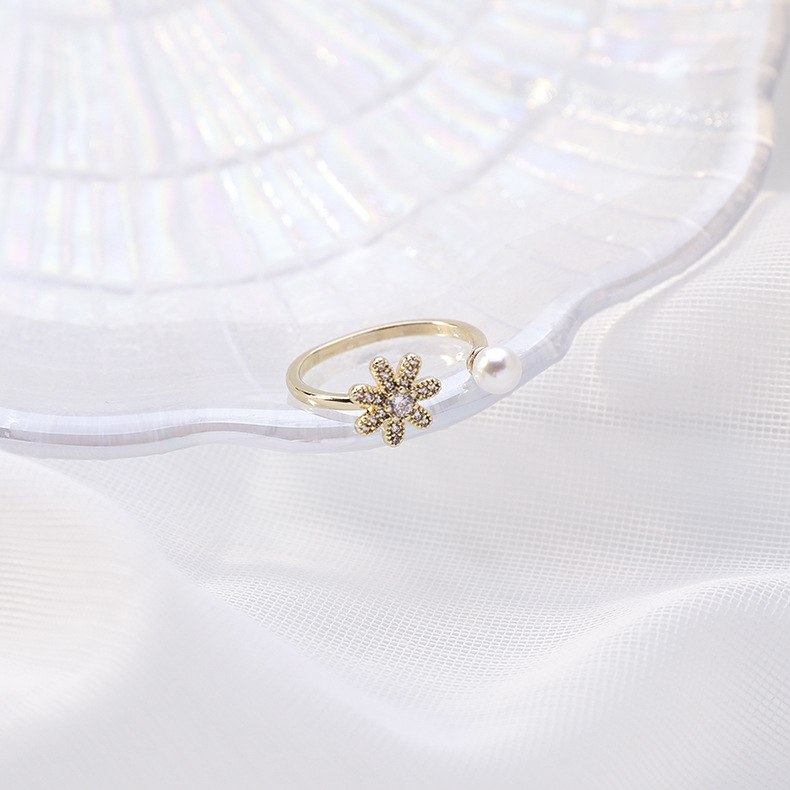 Korean popular new pearl flash diamond flower ring opening ring simple hand jewelry wholesale nihaojewelry NHMS234319