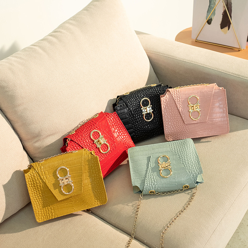 Foreign Trade Parcel 2020 Summer New Korean Version Of The Chain Small Square Bag Crocodile Pattern Shoulder Slung Mobile Phone Bag Pu Female Bag