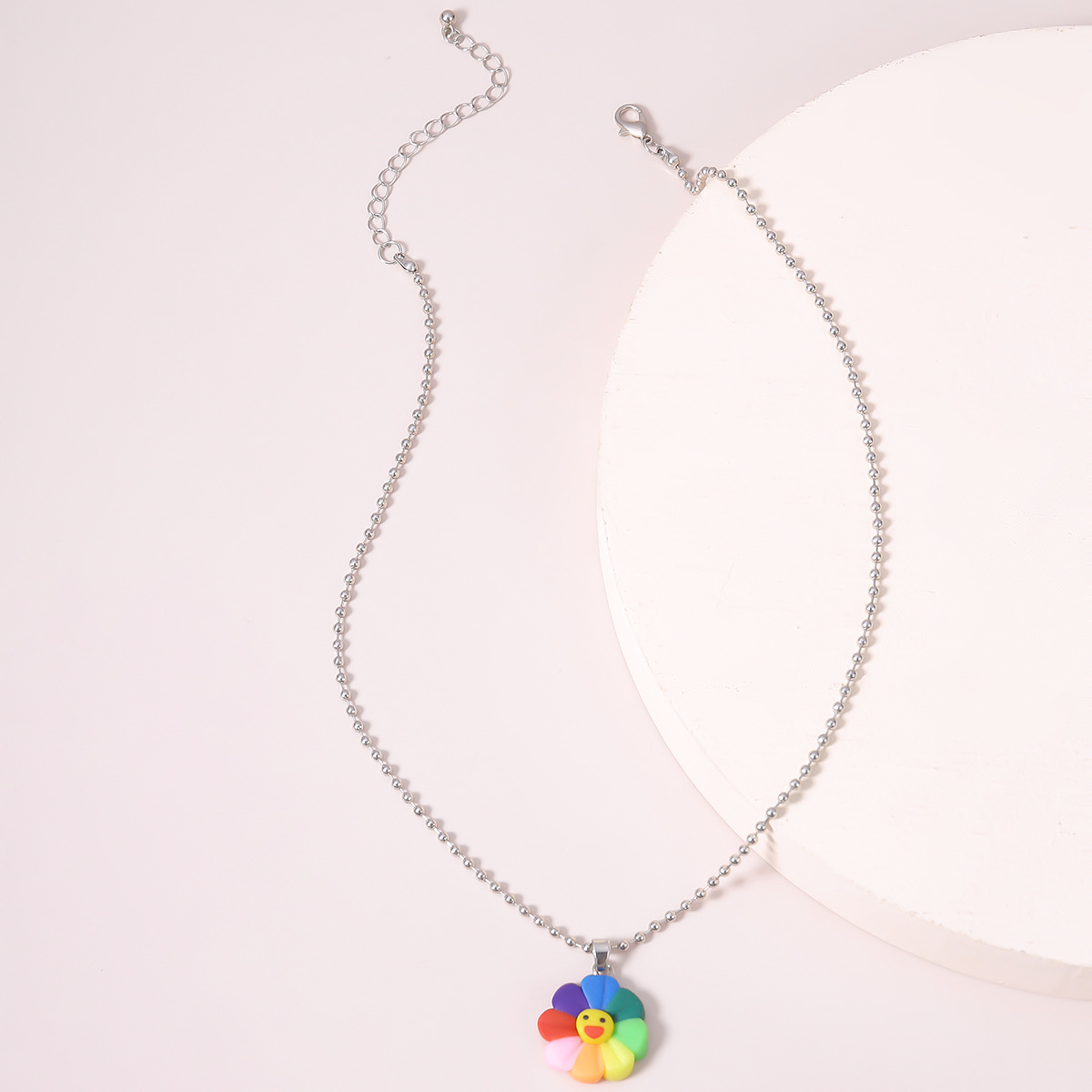 creative jewelry fashion simple round bead chain smiley face necklace retro acrylic pendant necklace wholesale nihaojewelry NHXR236355