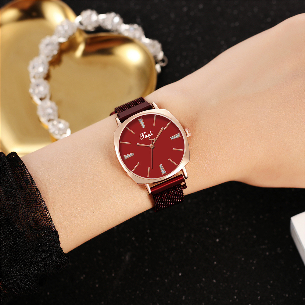 New ladies watches fashion square case rhinestone inlaid multicolor literal magnet buckle watch NHHK207062