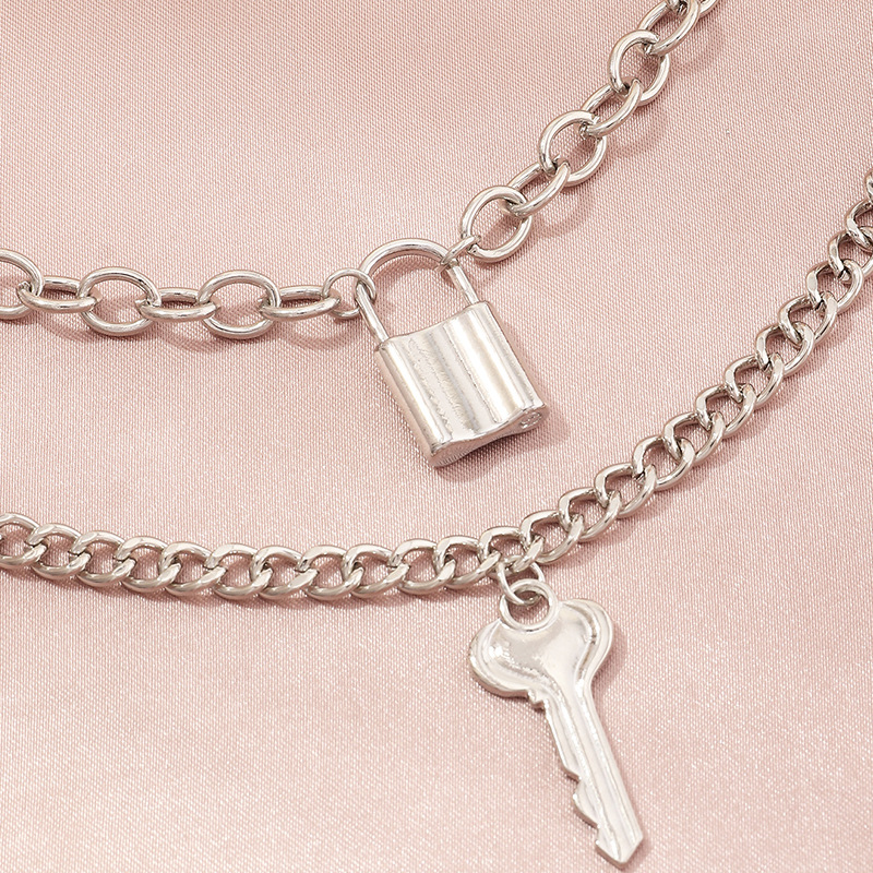 creative key lock pendant necklace simple double-layer necklace wholesale nihaojewelry NHNZ240229