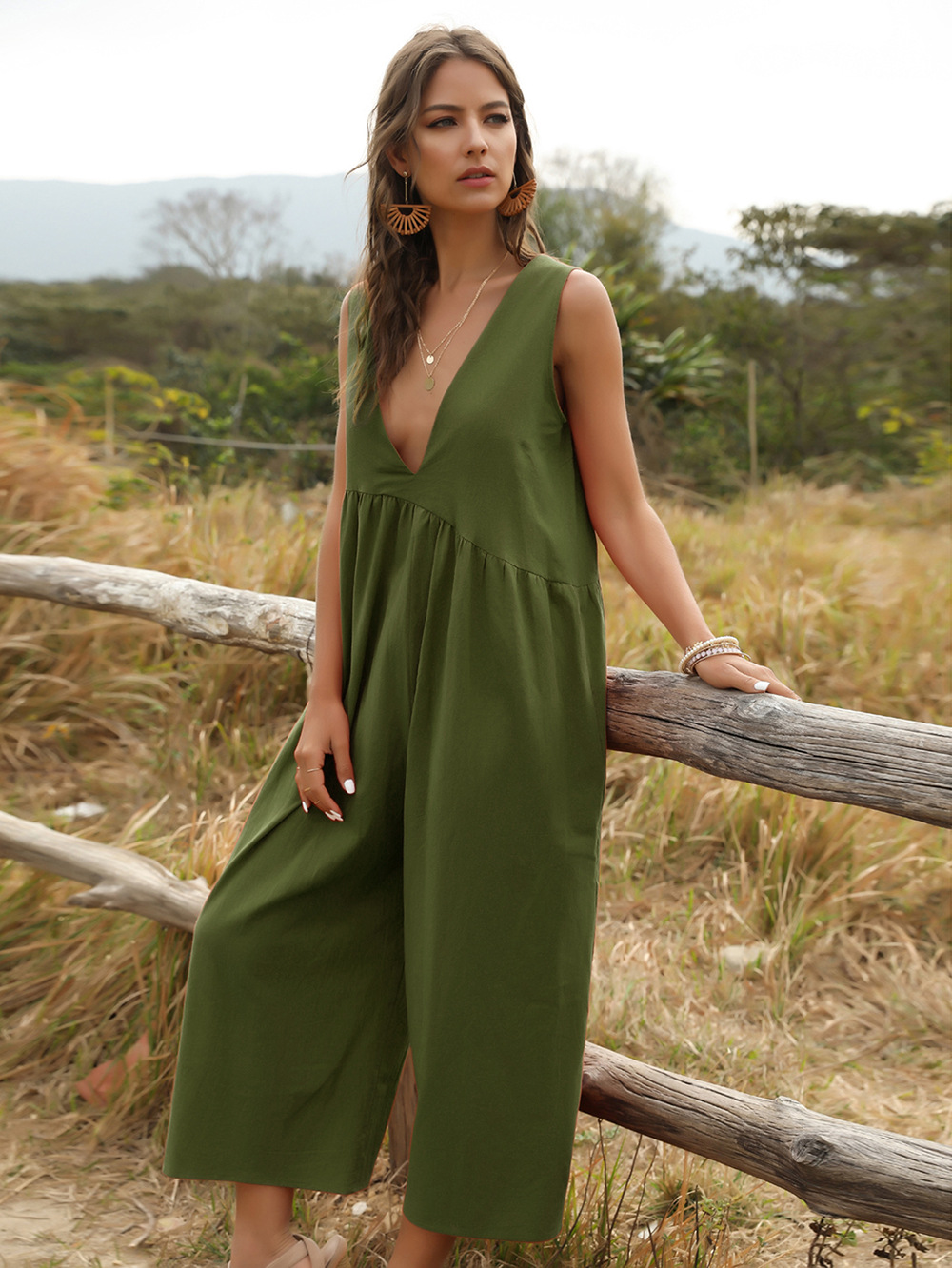 fashion women's V-neck strap sexy solid color jumpsuit NSDF1479