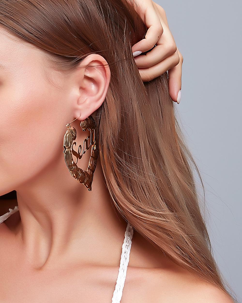 new retro exaggerated bamboo love big earrings creative peach heart letter earrings wholesale nihaojewelry NHMO243356