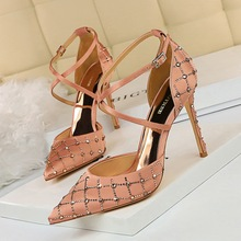 9863-7 European and American style hollow high-heeled shoes with thin heel, high-heeled silk, shallow mouth, pointed head, water drill, hollow cross belt sandals