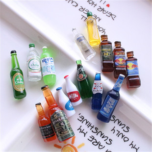 Wine bottle brooch accessories diy mobile phone shell beauty material keychain earring pendant resin simulation beverage bottle