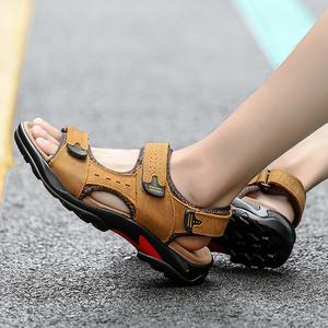 ស្បែកជើងបុរស Men Casual Sandals First Layer Leather Open Toe Thic Soled Shoes PZ650071