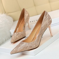 1829-A1 European and American fashion sexy banquet high heels women's shoes thin heels high heels shallow mouth pointed Sequin single shoes