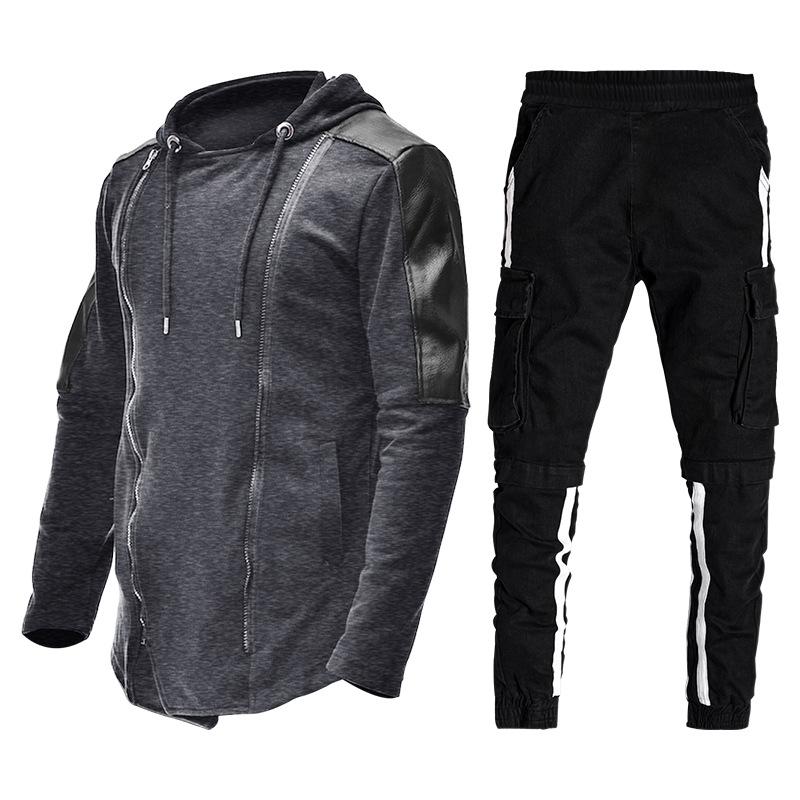 深灰上衣配黑裤