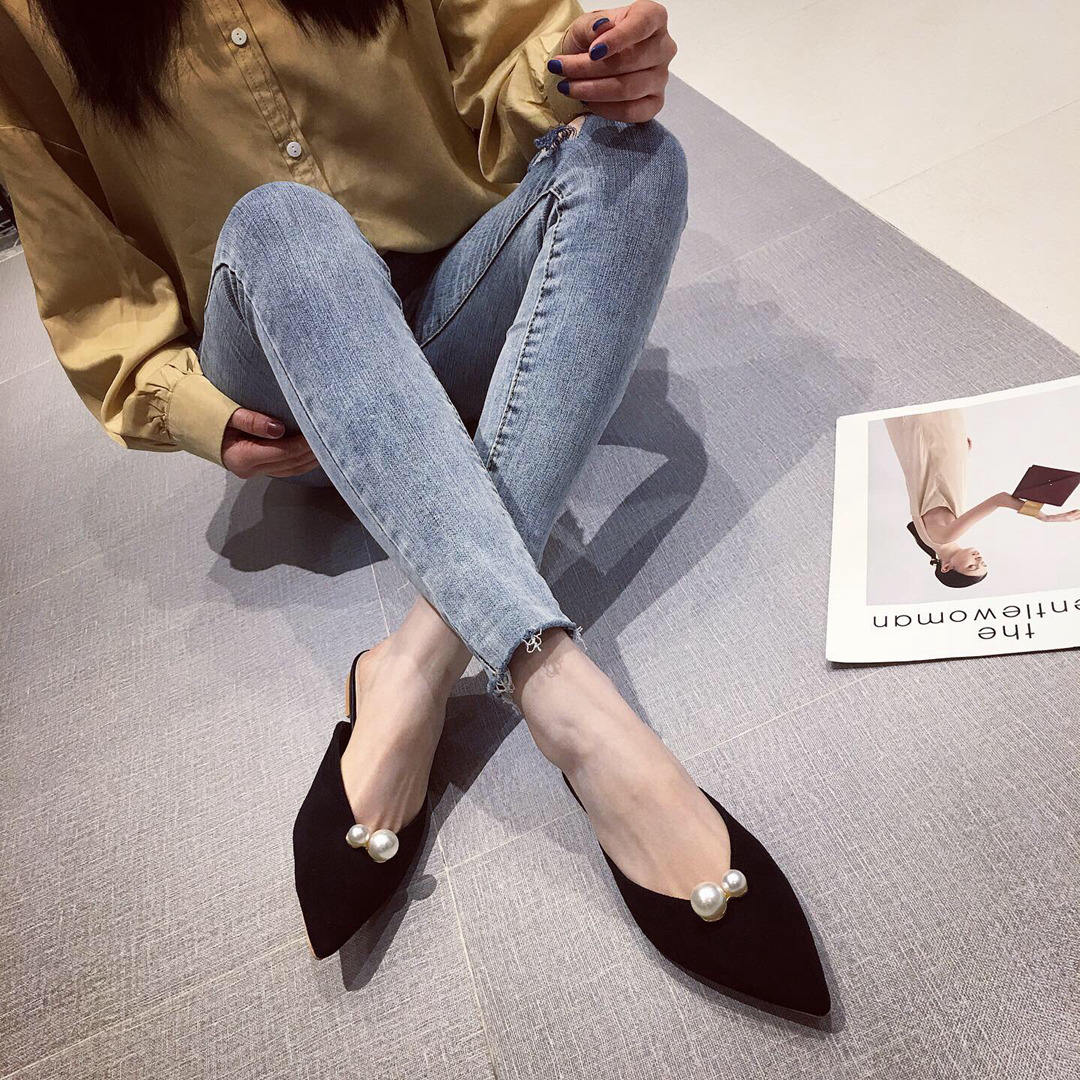 Flat-bottomed female pointed cold toe cap half slippers spring and summer new Korean style wearing suede pearls NHCA204892