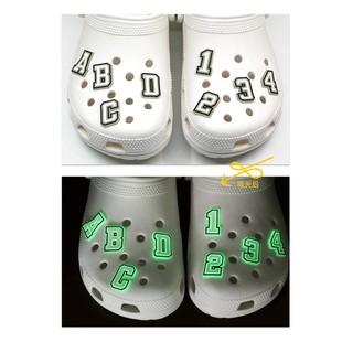 Personality hole shoes decorative shoes flower shoe buckle fluorescent luminous garden shoe bag accessories alphanumeric cross-border Amazon