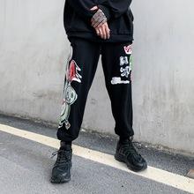 炸街休闲裤男欧美嘻哈潮牌个性宽松手绘小熊涂鸦印花运动哈伦裤潮
