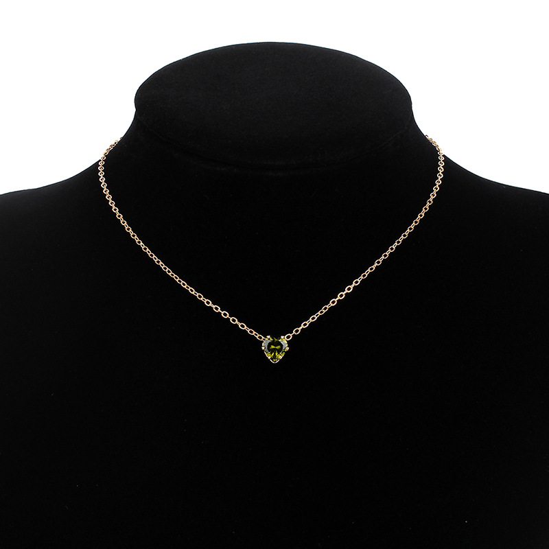new products simple alloy chain crystal necklace color fashion heartshaped zircon clavicle chain wholesale nihaojewelry NHRN238354