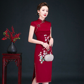 2020 new spring mother's dress embroidered cheongsam elegant atmosphere wedding Qipao skirt dress summer