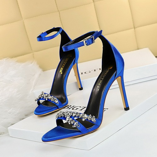 9926-8 European and American fashion high heels with ultra fine summer with satin hollow-out peep-toe diamond one word with sandals