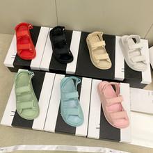 外贸小香风欧洲站凉鞋2021夏款魔术贴外穿女平底罗马沙滩厚底鞋