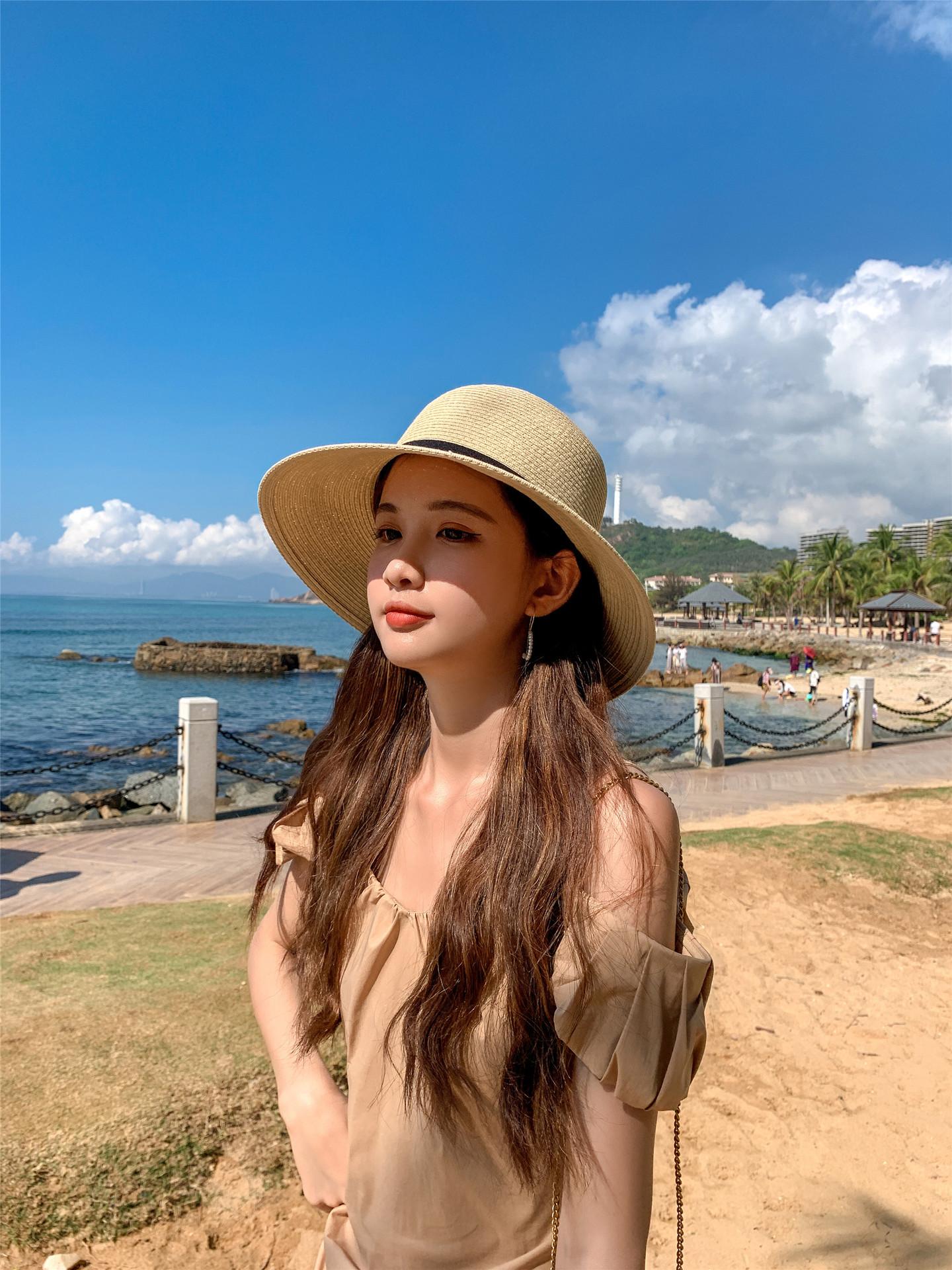 Fashion widebrimmed sunshade sunscreen straw hat NHCM340481