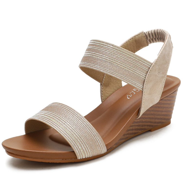 Sandals female word with Roman shoes fai...