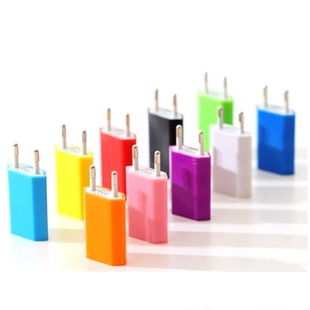 Color 4th generation European standard mobile phone suitable for Apple charging head single port USB round plug 4th generation European standard 5v1a charger