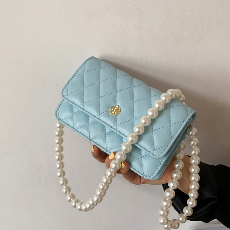 Bags are popular this year, bags, women'...