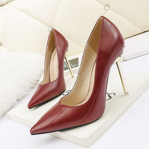 608-30 han edition fashion pointed shallow mouth show thin high heels and sexy women's shoes joker professional OL metal for women's shoes