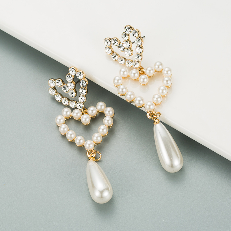 Fashion Pearl Diamond Heart-shaped Earrings NHLN317101