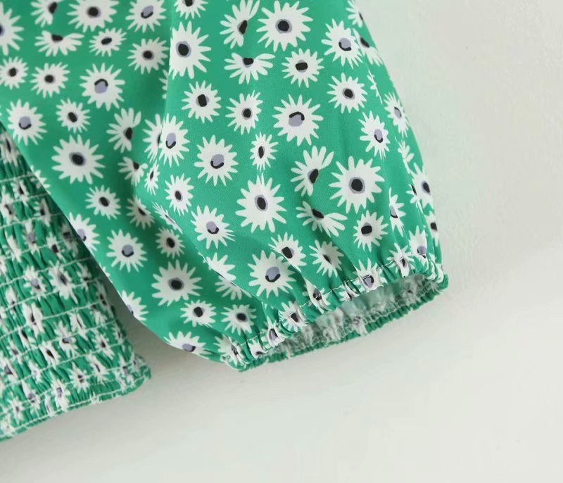 retro square neck daisy print short shirt NHAM310655