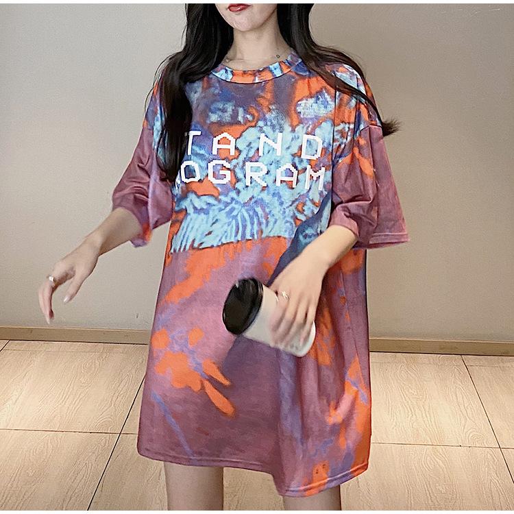 实拍实价 韩版女装宽松T恤涂鸦炫彩印花字母下体失踪衣圆领短袖T