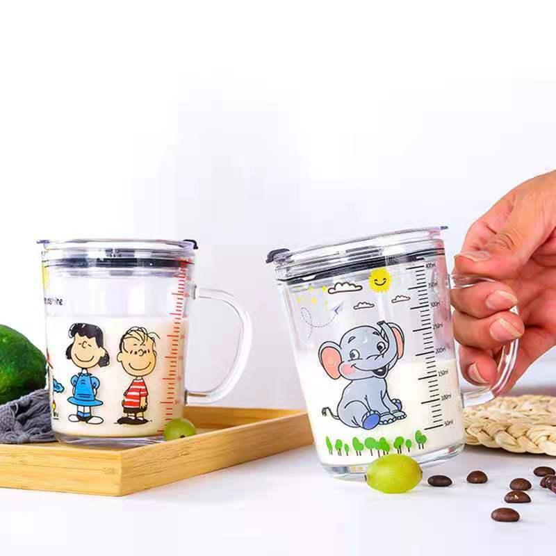 家用宝宝喝牛奶杯带刻度儿童吸管水杯玻璃早餐杯微波炉可加热量杯