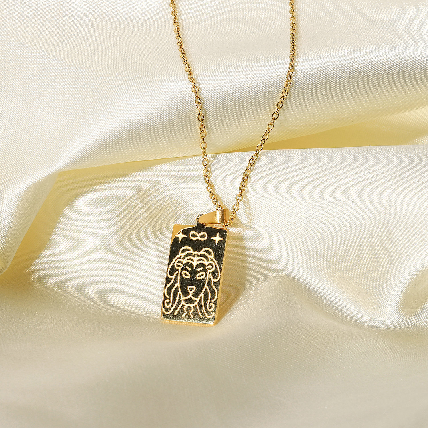 Fashion Stainless Steel Gold Embossed Star Eye Pendant Necklace NHJIE369981